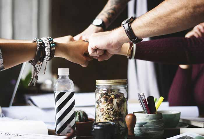 تیم خود را بسازید