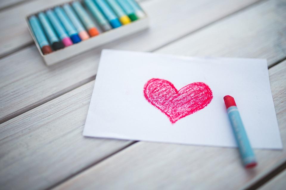 عشق واقعی چگونه عشقی است؟ 12 نشانه عشق حقیقی