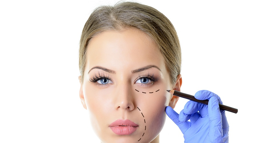 make-up-vs-cosmetic-surgery