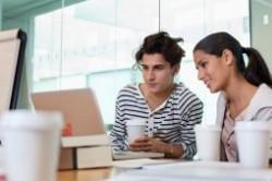 رفتار و عادات خرید مشتری در فروشگاه های آنلاین