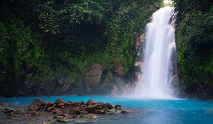 جاهای دیدنی کاستاریکا - رودخانه سلست-Celeste-River
