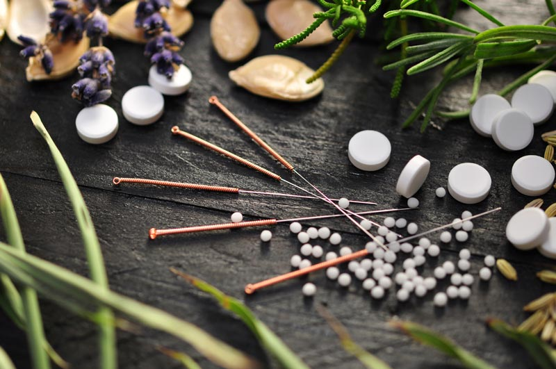 Chinese-Herbal-medicine-and-acupuncture