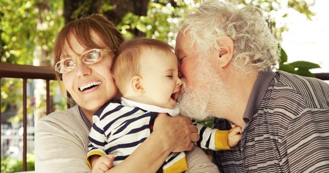 Pushy Grandparents,تربیت فرزندان توسط پدر و مادر بزرگ