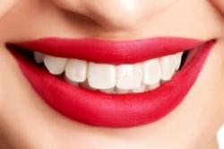 کدام مواد غذایی دندان ها را سفید میکند؟
