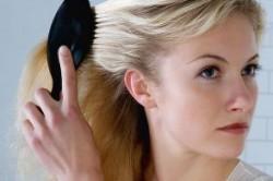 دلایل ریزش مو و راه درمان آن