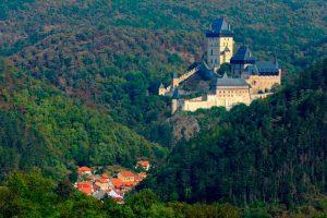 قلعه کارلستین