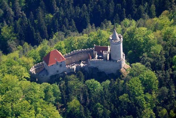 قلعه Kokorin