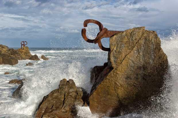 پاینه دل وینتو-peine_del_viento