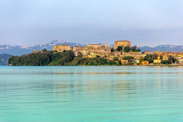 دیدنیهای ایتالیا,دریاچه بلسنا-lake_bolsena