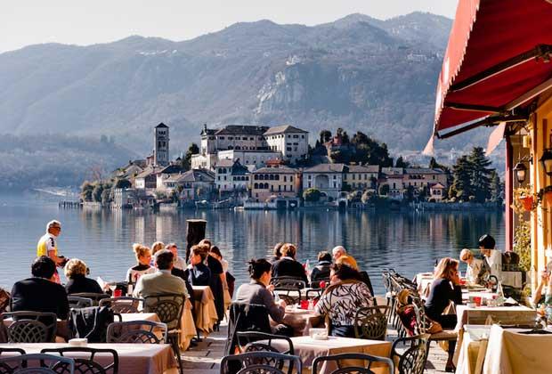 دیدنیهای ایتالیا,دریاچه اورتا-lake_orta
