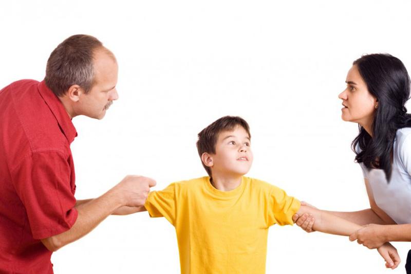 Parental alienation مثلث سازی در ازدواج