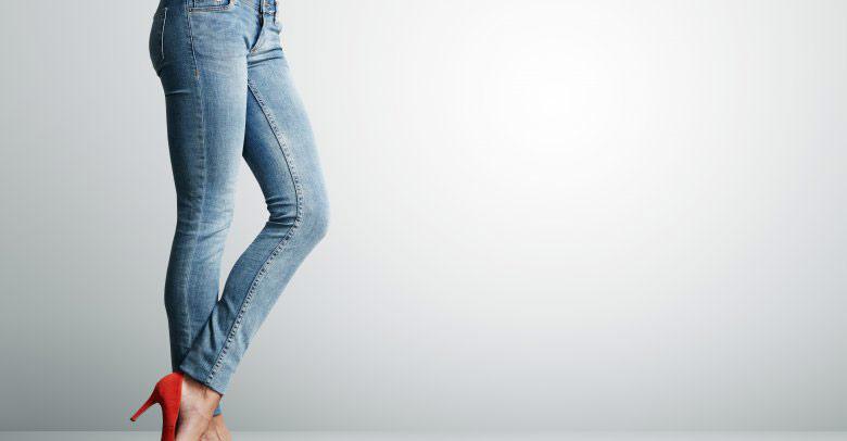 شلوار اسکینی چیست؟ پوشیدن شلوار تنگ چه مضراتی دارد؟