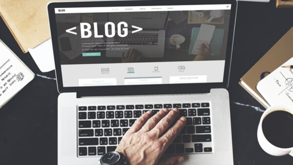blogging-ecommerce