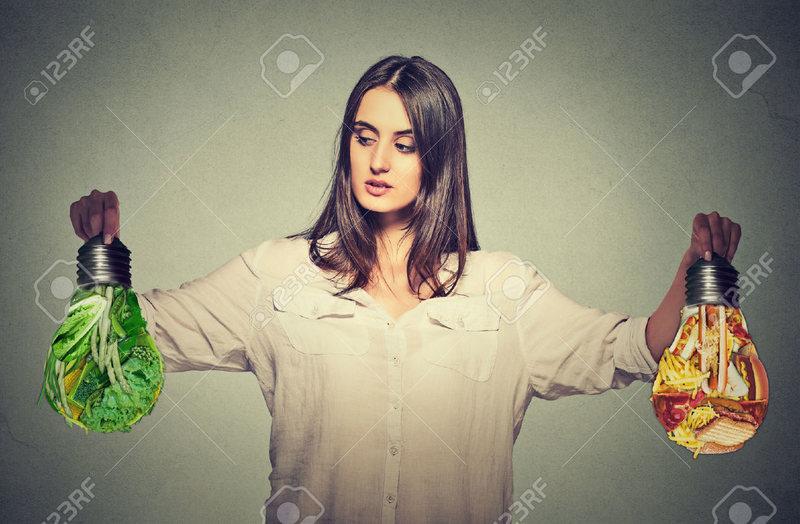 junk-food-or-green-vegetables کلسترول چیه