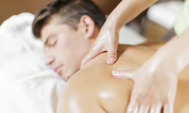 ماساژ دادن Massage