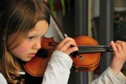 تاثیر نواختن موسیقی بر عملکرد مغز