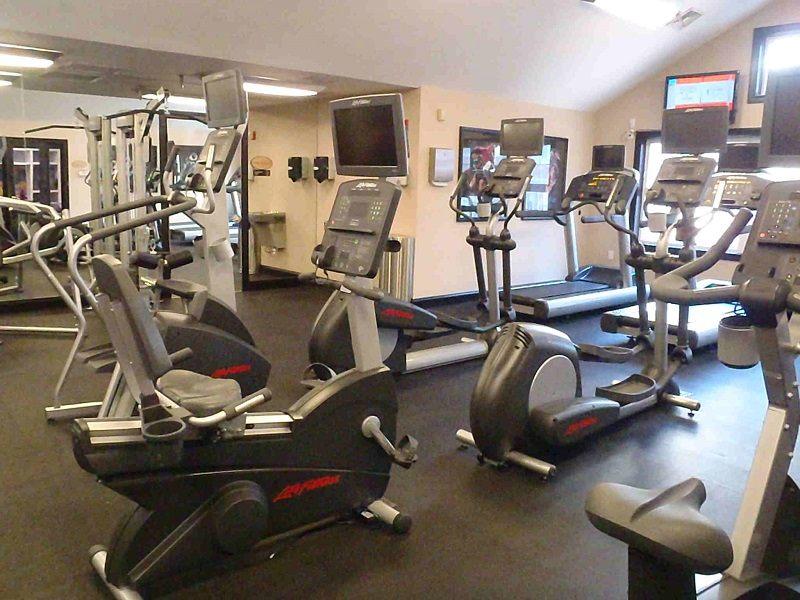 دستگاه های ورزشی خانگی مناسبgym-equipment