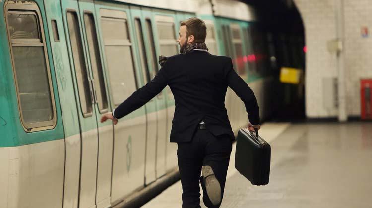 دلیل تاخیر و بدقولی چیست؟ چرا برخی از افراد همیشه دیر می کنند؟