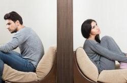 شبکه های اجتماعی و طلاق عاطفی