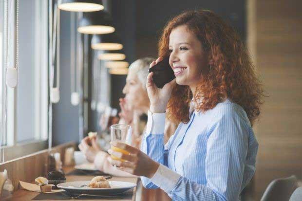 eat1 - چگونه کمتر غذا بخوریم؟ 15 راه مهار گرسنگی و کاهش اشتها