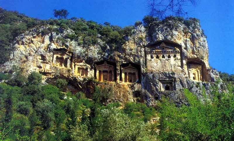 جاهای دیدنی تفریحی مارماریس ترکیه,آرامگاه صخره ای ساریان مارماریس