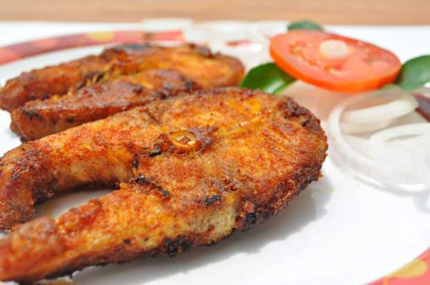 غذاهای با پروتئین بالا و چربی پایین,ماهی پخته مدیترانهای