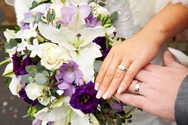 دسته گل مناسب واسه عروس