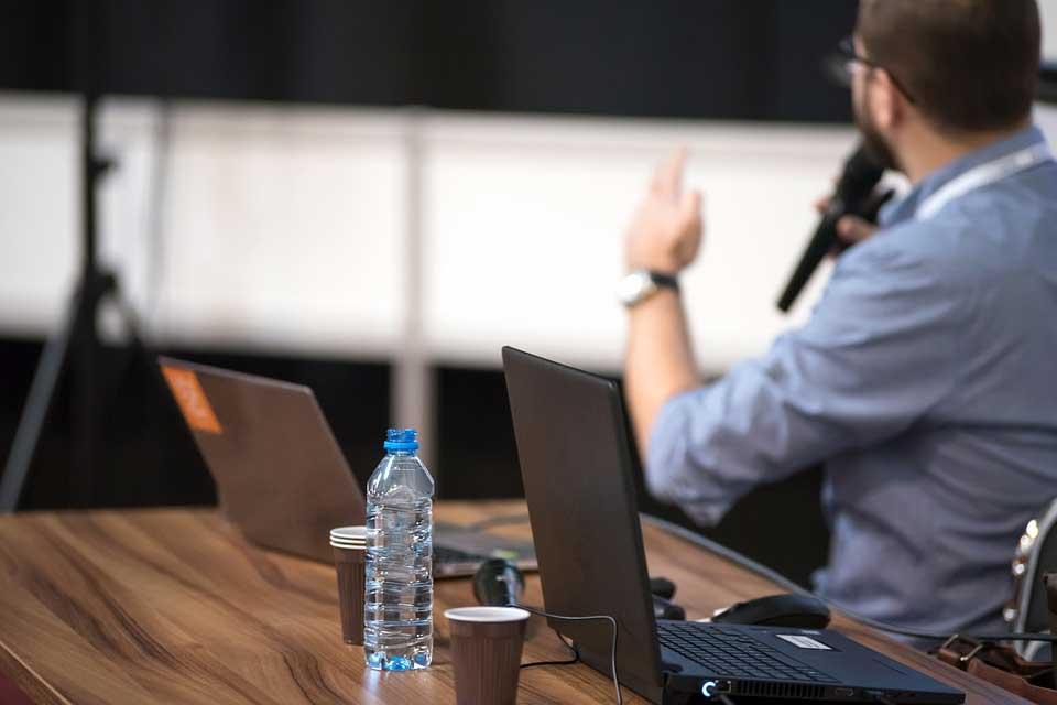 بهینه کردن جلسات مهم و حذف جلسات غیر ضروری