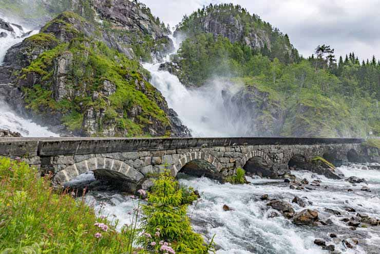 آبشار لانگفوسن در نروژ