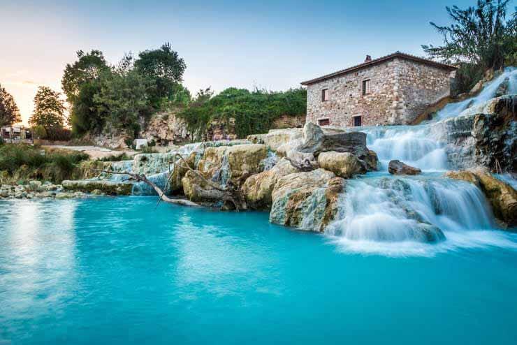 آبشار ترمه دی ساتورنیا در ایتالیا