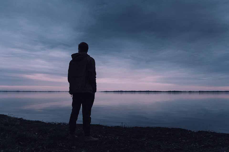 چگونه ترس را کنار بگذاریم و شجاع باشیم؟