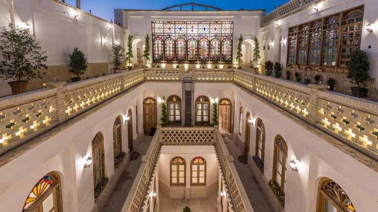 هتل قصر منشی اصفهان