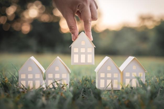 فروش یا بازسازی خانه، کدام بهتر است؟