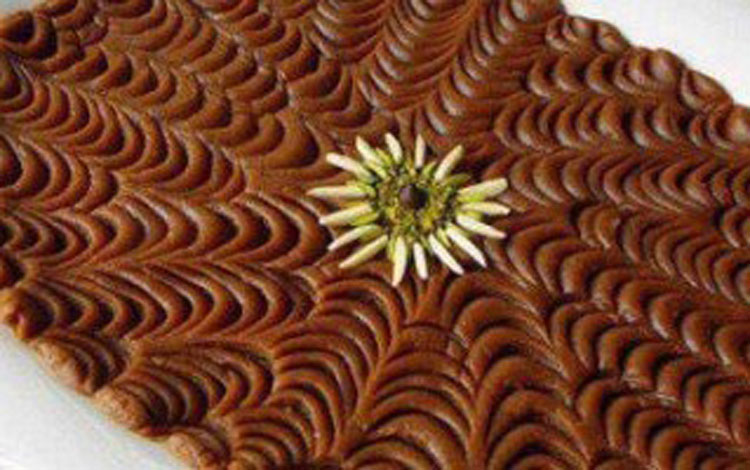 طرز تهیه حلوای آرد گندم مخصوص رمضان