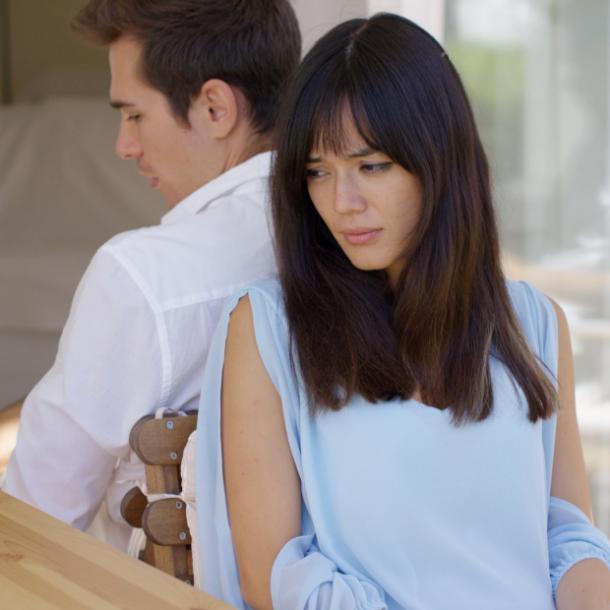 از کجا بفهمم شوهرم دوستم نداره؟